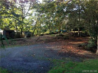Photo 10: 327 Wray Ave in VICTORIA: SW West Saanich Single Family Detached for sale (Saanich West)  : MLS®# 651361