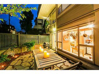 "Photo 1: 108 876 W 14TH Avenue in Vancouver: Fairview VW Condo for sale in ""WINDGATE LAUREL"" (Vancouver West)  : MLS®# V1079945"