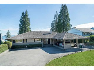 Photo 2: 3250 Westmount Rd in West Vancouver: Westmount WV House for sale : MLS®# V1138435