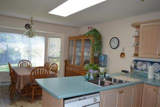 Photo 11: 863 OCEANMOUNT BOULEVARD in Gibsons: Gibsons & Area House for sale (Sunshine Coast)  : MLS®# R2052263