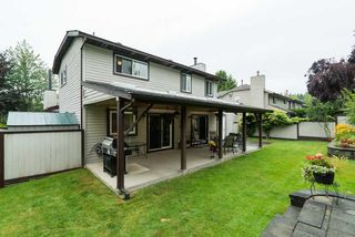 Photo 6: 9066 144A STREET in Surrey: Bear Creek Green Timbers House for sale : MLS®# R2097269
