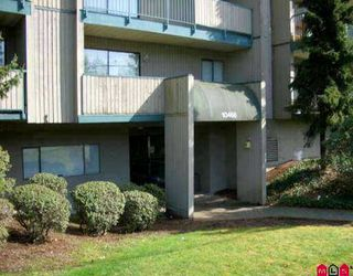 """Photo 1: 10468 148TH Street in Surrey: Guildford Condo for sale in """"Guildford Green"""" (North Surrey)  : MLS®# F2625824"""