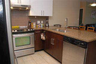 Photo 3: 1203 14 BEGBIE STREET in New Westminster: Quay Condo for sale : MLS®# R2006779