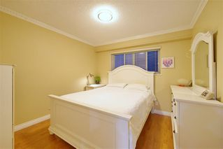 Photo 11: 491 E 63RD AVENUE in Vancouver: South Vancouver House for sale (Vancouver East)  : MLS®# R2328169