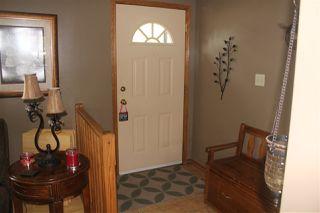 Photo 3: 16607 78 Avenue in Edmonton: Zone 22 House for sale : MLS®# E4166555