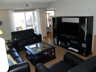 Photo 3: 202 765 Kimberly Avenue in Winnipeg: East Kildonan Condominium for sale (3E)  : MLS®# 1925862