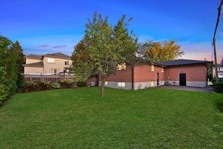 Photo 16: 82 Goswell Road in Toronto: Islington-City Centre West House (Bungalow) for sale (Toronto W08)  : MLS®# W4643484