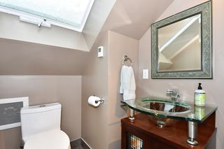 "Photo 17: 2012 MCNICOLL Avenue in Vancouver: Kitsilano House for sale in ""Kits Point"" (Vancouver West)  : MLS®# R2429054"