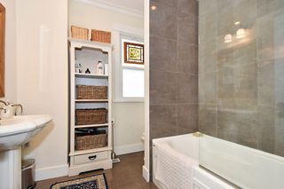 "Photo 13: 2012 MCNICOLL Avenue in Vancouver: Kitsilano House for sale in ""Kits Point"" (Vancouver West)  : MLS®# R2429054"