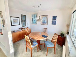 "Photo 11: 14771 OXENHAM Avenue: White Rock House for sale in ""White Rock hillside"" (South Surrey White Rock)  : MLS®# R2430448"