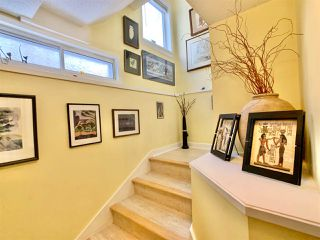 "Photo 14: 14771 OXENHAM Avenue: White Rock House for sale in ""White Rock hillside"" (South Surrey White Rock)  : MLS®# R2430448"