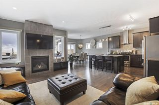 Photo 1: 5577 Norseman Crescent in Regina: Harbour Landing Residential for sale : MLS®# SK805685
