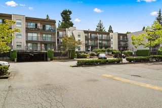 "Photo 22: 316 15268 100 Avenue in Surrey: Guildford Condo for sale in ""Cedar Grove"" (North Surrey)  : MLS®# R2481098"
