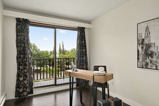 "Photo 14: 316 15268 100 Avenue in Surrey: Guildford Condo for sale in ""Cedar Grove"" (North Surrey)  : MLS®# R2481098"