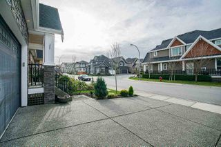 """Photo 3: 8086 211B Street in Langley: Willoughby Heights House for sale in """"Yorkson"""" : MLS®# R2482251"""