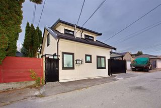 Photo 31: 5886 SHERBROOKE Street in Vancouver: South Vancouver House for sale (Vancouver East)  : MLS®# R2490210