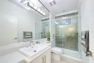Photo 18: 5886 SHERBROOKE Street in Vancouver: South Vancouver House for sale (Vancouver East)  : MLS®# R2490210