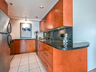 Photo 11: 1305 283 DAVIE STREET in Vancouver: Yaletown Condo for sale (Vancouver West)  : MLS®# R2491218