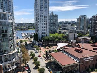 Photo 4: 1305 283 DAVIE STREET in Vancouver: Yaletown Condo for sale (Vancouver West)  : MLS®# R2491218
