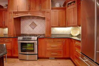 Photo 8: 10137 122 Street in Edmonton: Zone 12 House Half Duplex for sale : MLS®# E4216655