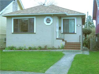 Photo 1: 2871 KITCHENER Street in Vancouver: Renfrew VE House for sale (Vancouver East)  : MLS®# V942070