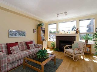 """Photo 2: 308 2490 W 2ND Avenue in Vancouver: Kitsilano Condo for sale in """"TRINITY PLACE"""" (Vancouver West)  : MLS®# V966955"""