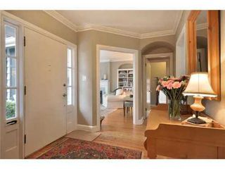 Photo 2: 6188 MACKENZIE Street in Vancouver West: Kerrisdale Home for sale ()  : MLS®# V875617