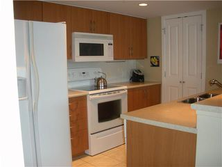 Photo 5: 504 290 NEWPORT Drive in Port Moody: North Shore Pt Moody Condo for sale : MLS®# V894401