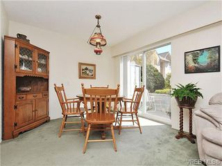 Photo 7: 35 840 Craigflower Road in VICTORIA: Es Kinsmen Park Townhouse for sale (Esquimalt)  : MLS®# 322097