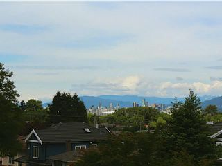 Photo 2: 3232 E 28TH Avenue in Vancouver: Renfrew Heights House for sale (Vancouver East)  : MLS®# V1008584
