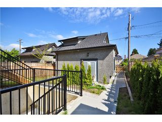 Photo 18: 3113 E 20TH Avenue in Vancouver: Renfrew Heights House for sale (Vancouver East)  : MLS®# V1019224