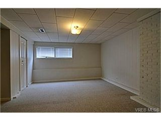 Photo 9: 1159A Greenwood Avenue in VICTORIA: Es Saxe Point Strata Duplex Unit for sale (Esquimalt)  : MLS®# 241933