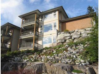 "Photo 3: 15 1026 GLACIER VIEW Drive in Squamish: Garibaldi Highlands Townhouse for sale in ""SEASONVIEW"" : MLS®# V1081558"