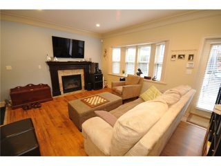 Photo 3: 1218 16th Avenue in Vancouver: House 1/2 Duplex for sale : MLS®# V1069829