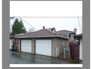 Photo 16: 2130 ADANAC STREET in Vancouver: Hastings House 1/2 Duplex for sale (Vancouver East)  : MLS®# R2050168