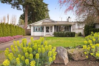 Photo 1: 2788 GORDON AVENUE in Surrey: Crescent Bch Ocean Pk. House for sale (South Surrey White Rock)  : MLS®# R2046605