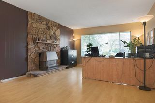Photo 3: 2788 GORDON AVENUE in Surrey: Crescent Bch Ocean Pk. House for sale (South Surrey White Rock)  : MLS®# R2046605