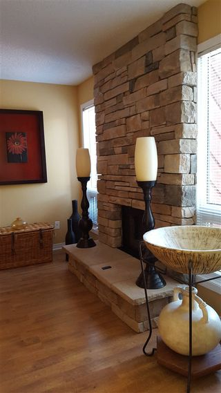 Photo 5: 92 Lorelei CL NW in Edmonton: Zone 27 Townhouse for sale : MLS®# E4027246