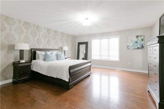 Photo 12: 424 Spring Blossom Cres in Oakville: Iroquois Ridge North Freehold for sale : MLS®# W4228081