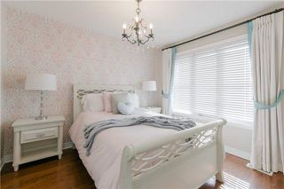Photo 15: 424 Spring Blossom Cres in Oakville: Iroquois Ridge North Freehold for sale : MLS®# W4228081