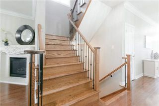 Photo 11: 424 Spring Blossom Cres in Oakville: Iroquois Ridge North Freehold for sale : MLS®# W4228081