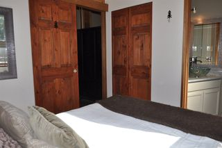 Photo 14: 32 6125 EAGLE DRIVE in Whistler: Whistler Cay Heights Townhouse for sale : MLS®# R2341108