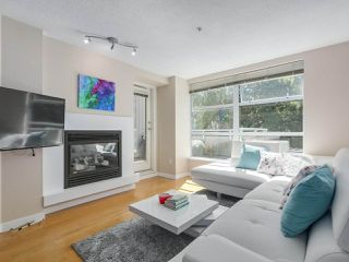 Photo 8: 218 2768 CRANBERRY DRIVE in Vancouver: Kitsilano Condo for sale (Vancouver West)  : MLS®# R2298896