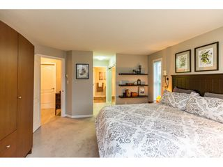 """Photo 15: 107 17727 58 Avenue in Surrey: Cloverdale BC Condo for sale in """"Derby Downs"""" (Cloverdale)  : MLS®# R2411031"""