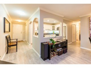 """Photo 6: 107 17727 58 Avenue in Surrey: Cloverdale BC Condo for sale in """"Derby Downs"""" (Cloverdale)  : MLS®# R2411031"""