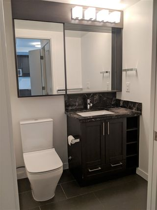 """Photo 7: 2810 5665 BOUNDARY Road in Vancouver: Collingwood VE Condo for sale in """"Wall Centre Central Park South"""" (Vancouver East)  : MLS®# R2412553"""