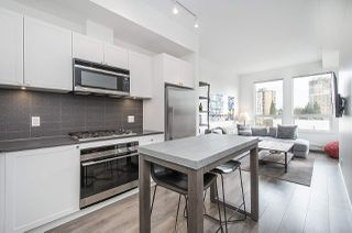 Photo 3: 414 105 W 2ND STREET in North Vancouver: Lower Lonsdale Condo for sale : MLS®# R2457913