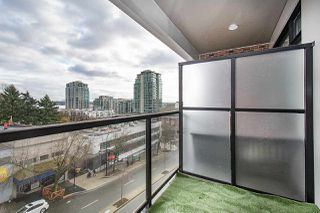 Photo 12: 414 105 W 2ND STREET in North Vancouver: Lower Lonsdale Condo for sale : MLS®# R2457913