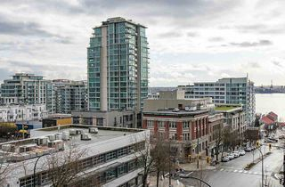Photo 13: 414 105 W 2ND STREET in North Vancouver: Lower Lonsdale Condo for sale : MLS®# R2457913