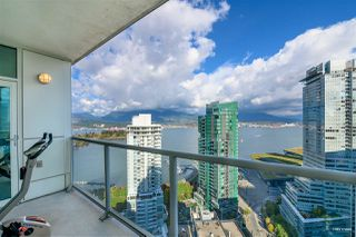 "Photo 5: 3306 1111 W PENDER Street in Vancouver: Coal Harbour Condo for sale in ""THE VANTAGE"" (Vancouver West)  : MLS®# R2510687"